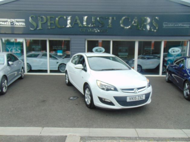 Used VAUXHALL ASTRA in Swansea, Wales for sale